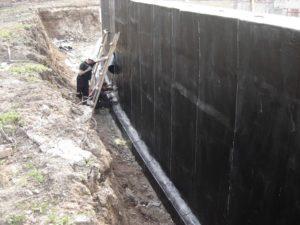 Позаботиться о гидроизоляции стен